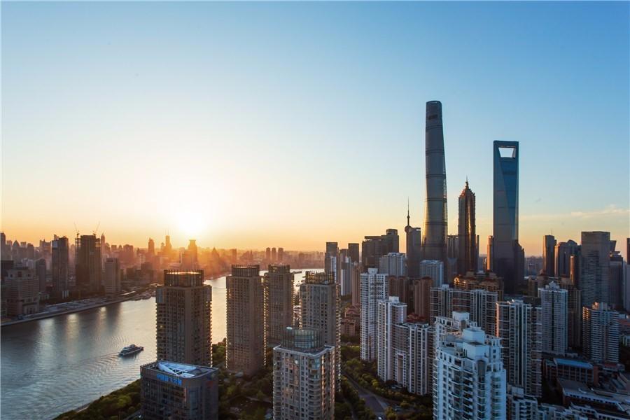 点评:深圳小伙借1500万炒房 高位被套进了看守所!