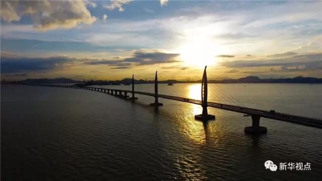 刚刚 港珠澳大桥主体工程全线贯通 创下多个世界之最