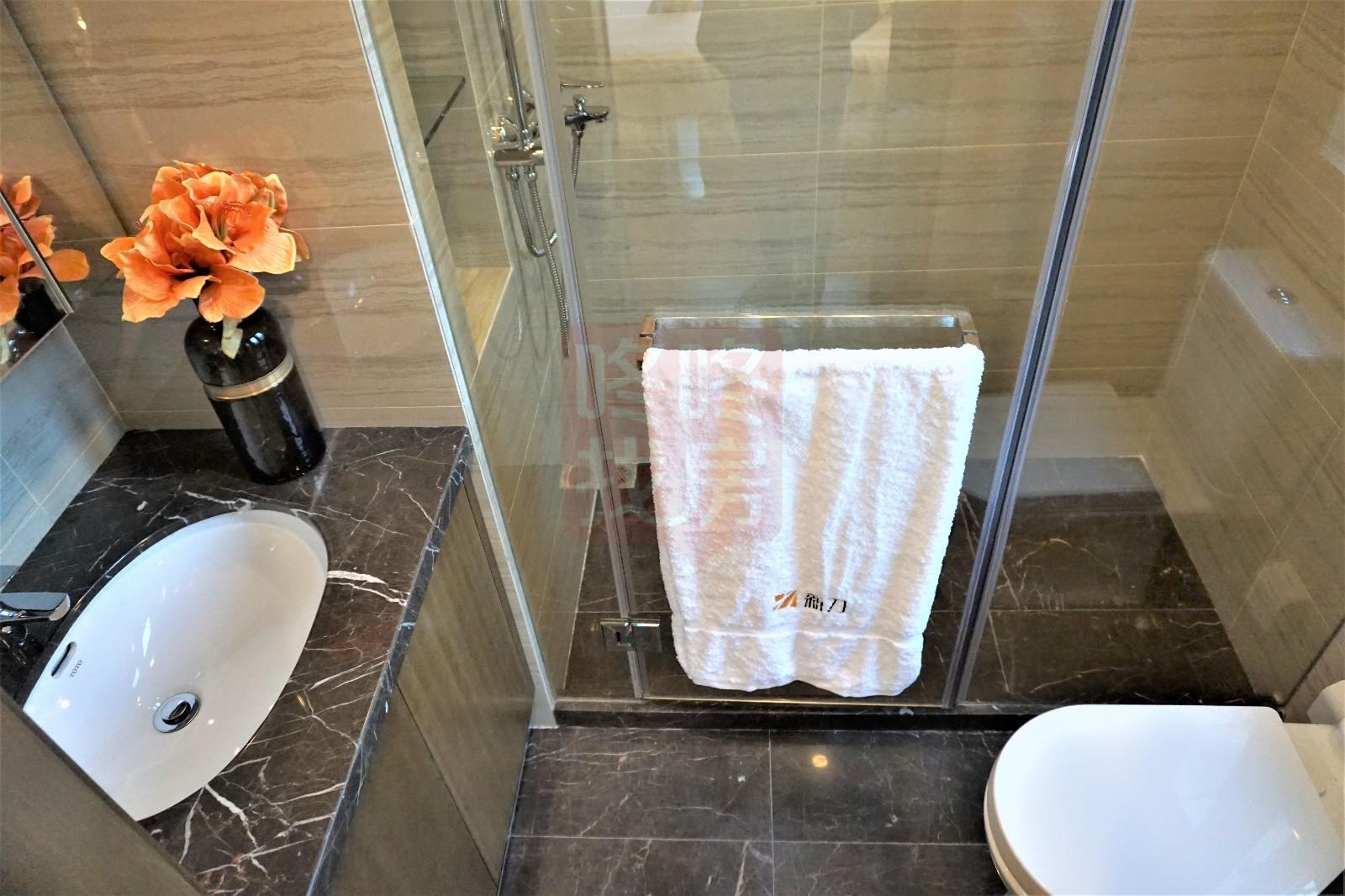 主人房卫生间,紧凑型设计,也做到了干湿分离